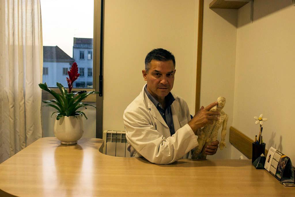 Dr. Fernando Salgado acupuntura