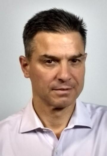Dr. Fernando Salgado Blanco